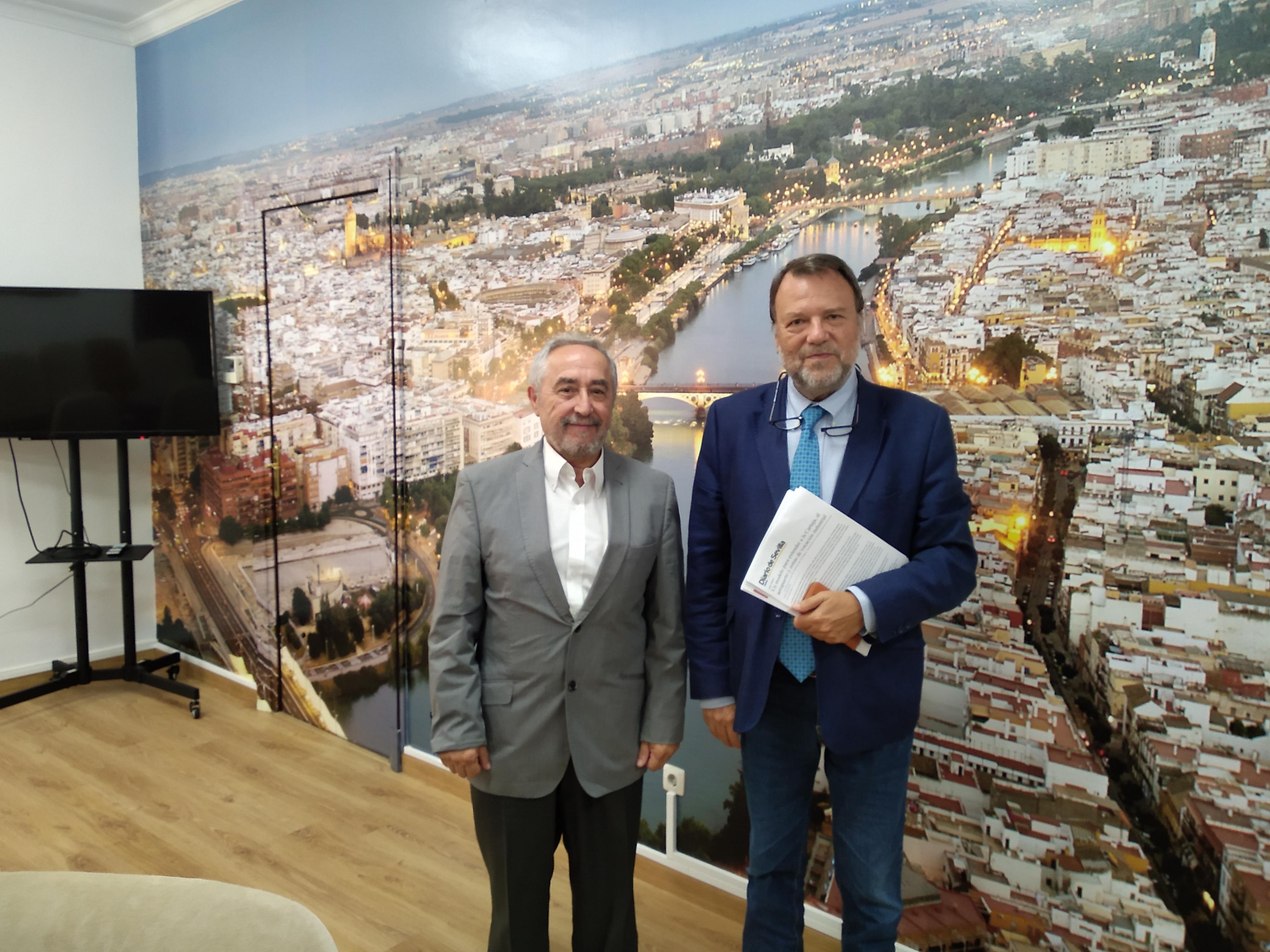 Sánchez Monteseirín y el presidente de APES analizan la situación de los polígonos industriales en Sevilla