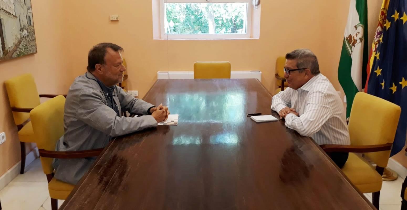 Reunión entre el Delegado Especial del Estado para la @SevillaZF y el subdelegado del Gobierno en #Sevilla