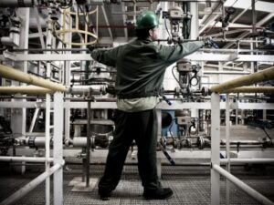 Hasta final de año las industrias andaluzas pueden solicitar #incentivos para mejorar su #eficienciaenergética.
