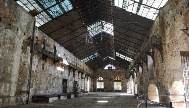 En este momento estás viendo El Ayuntamiento adjudica las obras de conservación, rehabilitación y adecuación de la Fábrica de Artillería para el nuevo Centro Magallanes de Industrias Culturales y Creativas